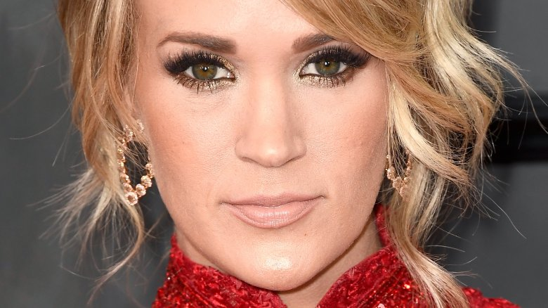 Carrie Underwood Shares Health Update After Wrist-Breaking Fall