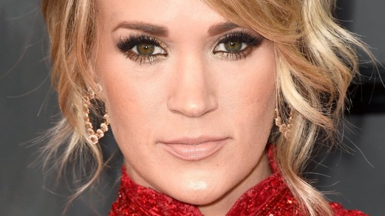 Carrie Underwood returns to NHL Playoffs stage