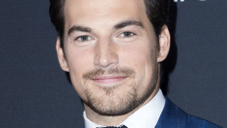 'Grey's Anatomy' star Giacomo Gianniotti gets engaged to girlfriend Nichole Gustafson