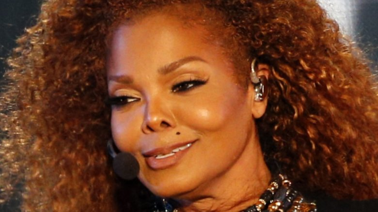 Fans concerned for Janet Jackson as the singer breaks down on stage