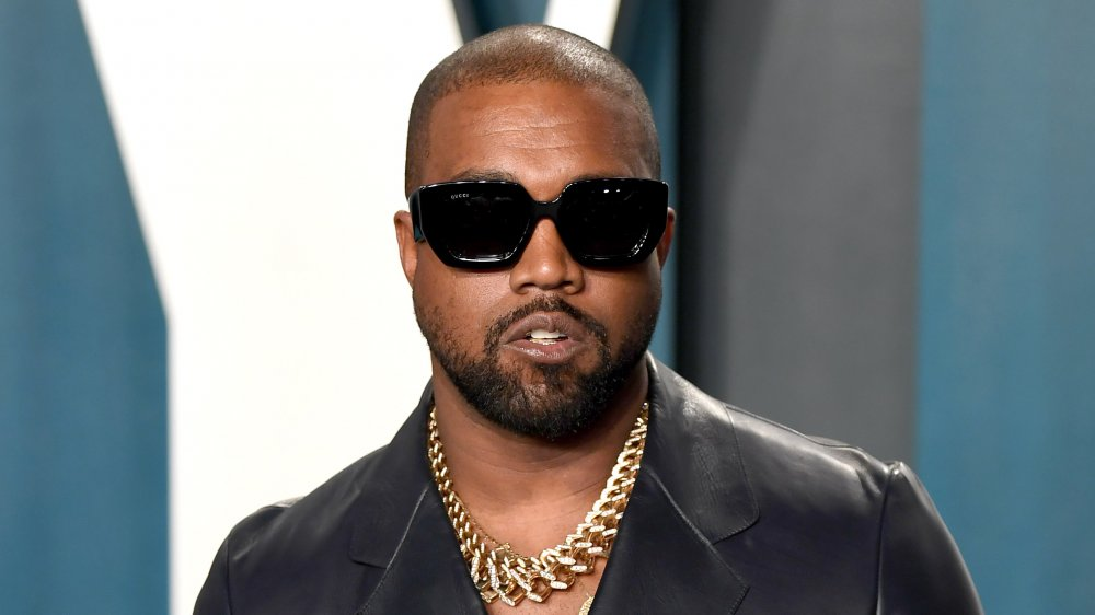 Kanye West calls for write-in campaign in ad