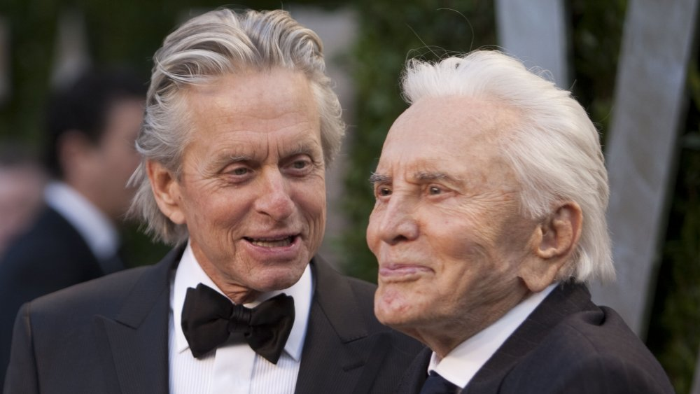 Kirk Douglas Gives his Entire Fortune to Charity, Leaves Nothing for Son