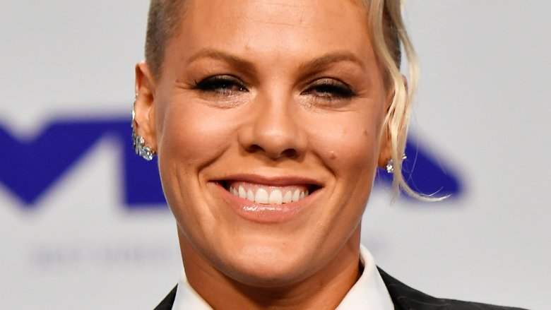 Pink reveals the dating advice she gave daughter Willow