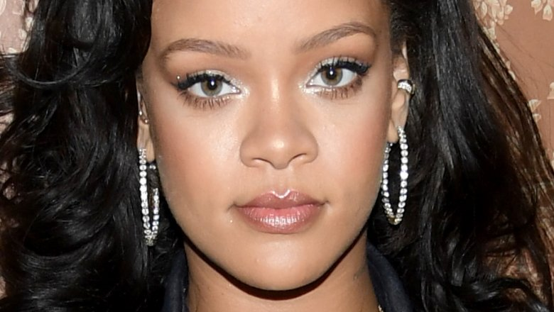 Intruder Breaks Into Rihanna's LA Home - And Stays Overnight!