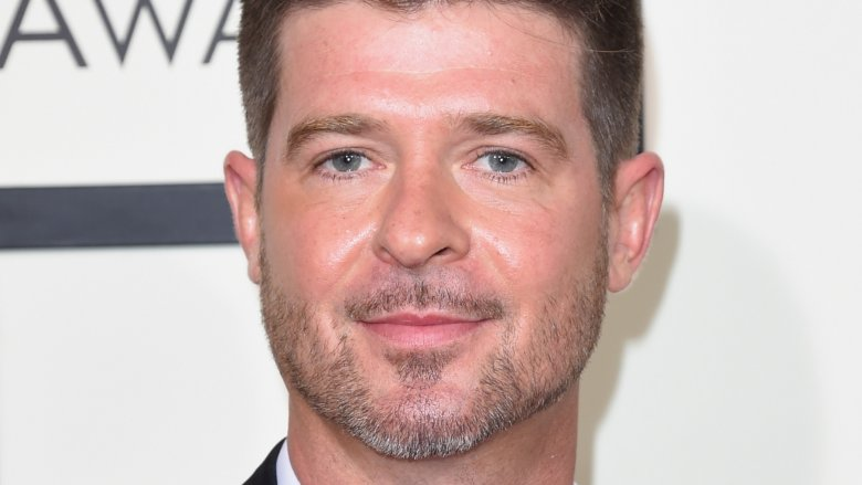 Robin Thicke becomes dad again