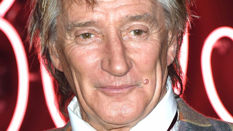 Rod Stewart to re-release hit song with DNCE