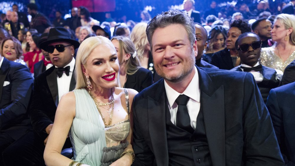 Gwen Stefani is unrecognisable with short fringe and wavy hair