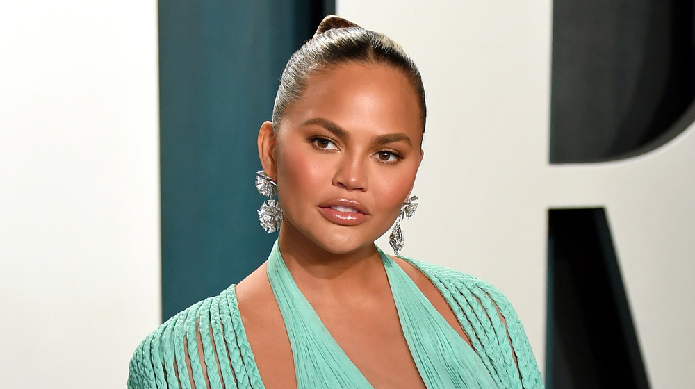 Chrissy Teigen Has Purple Hair Now, But It's Just a Wig!