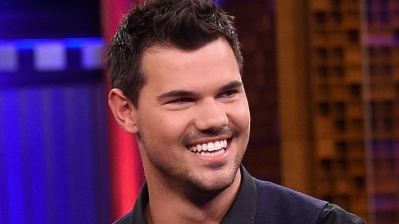 Why Hollywood won't ca... Taylor Lautner 2018