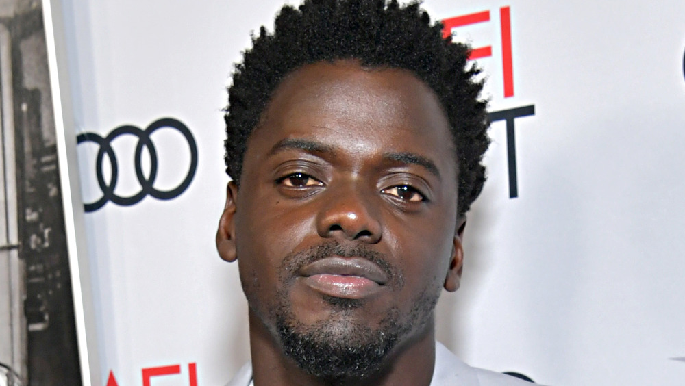 Daniel Kaluuya gives a cool look on the red carpet