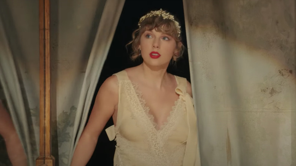 "Taylor Swift's ""Willow"" video"