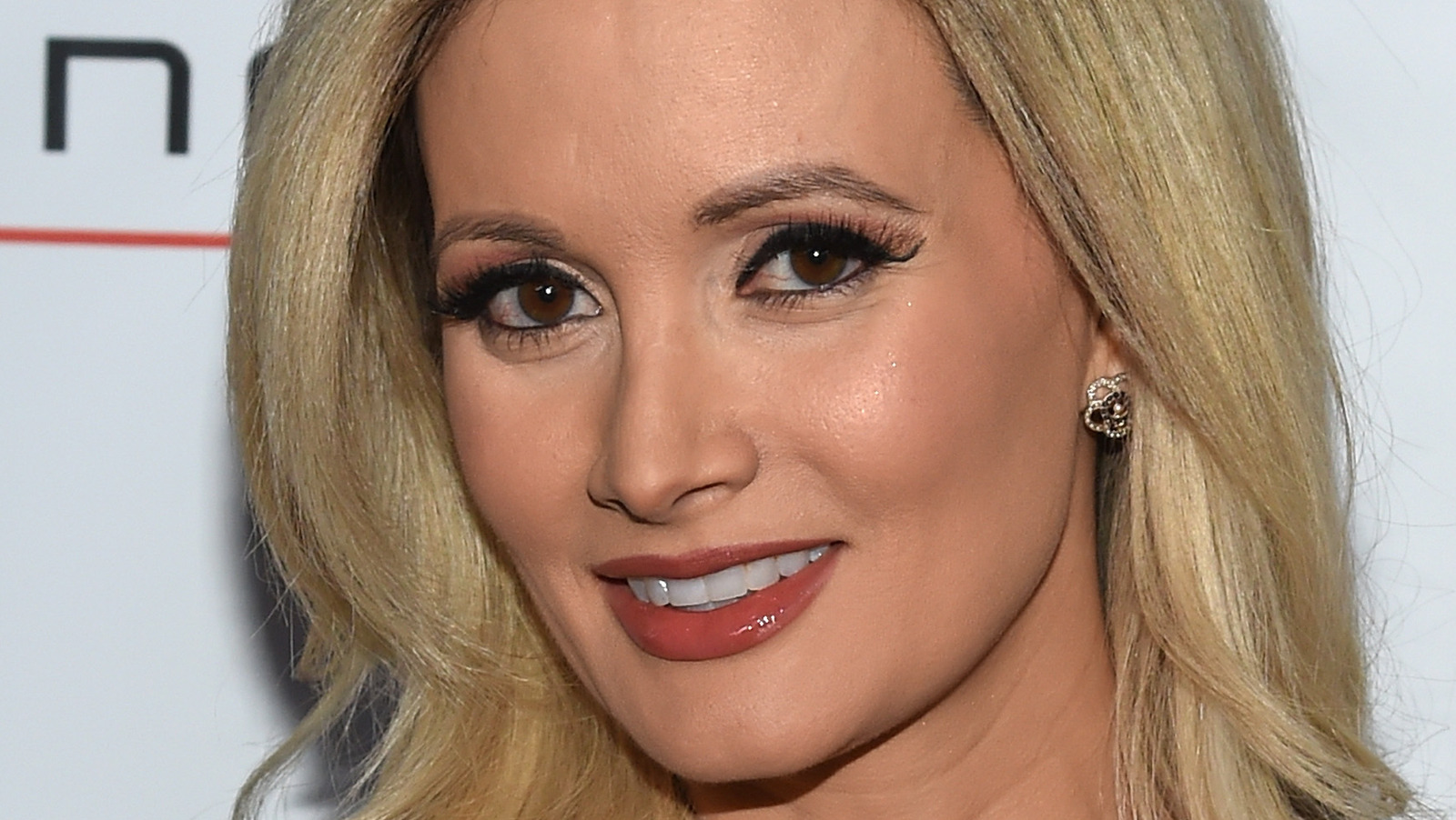 Holly Madison Reveals She's Thankful This Didn't Happen During Her Romance With Hugh Hefner.jpg