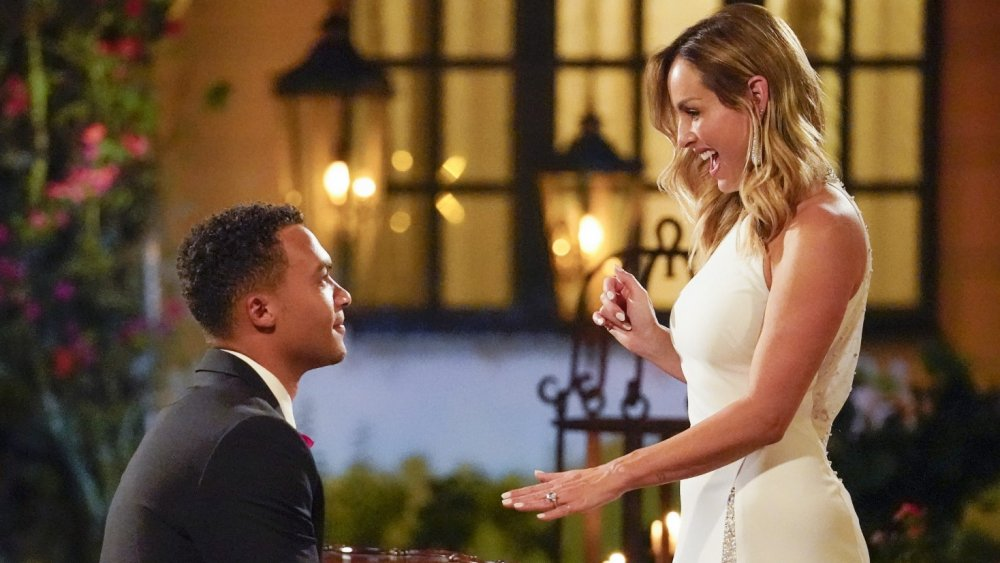 Dale Moss and Clare Crawley getting engaged on The Bachelorette