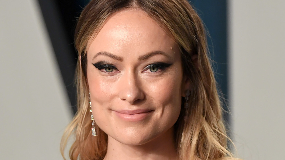 Olivia Wilde posing on the red carpet
