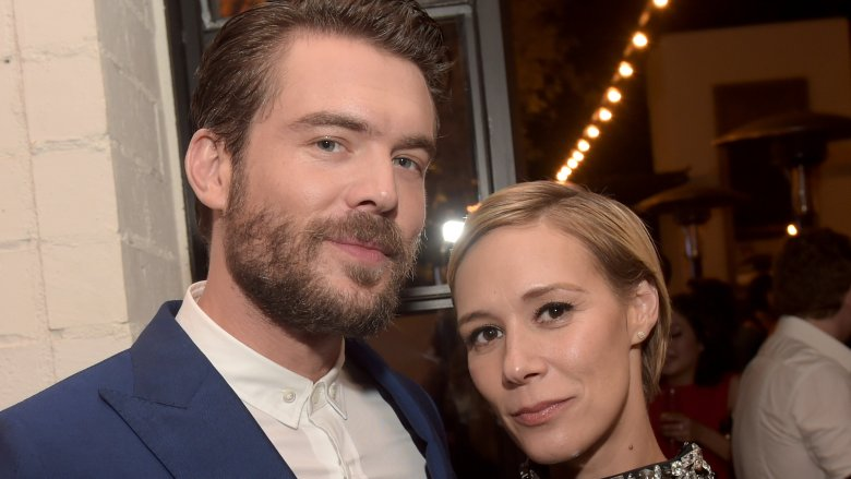 htgawms liza weil and charlie weber are dating