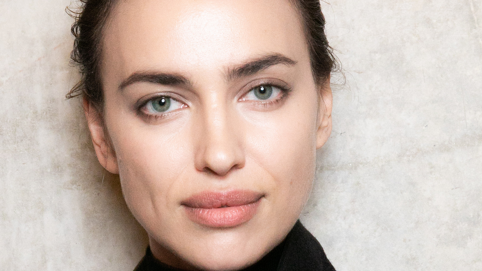 Irina Shayk Opens Up About Parenting With Bradley Cooper.jpg