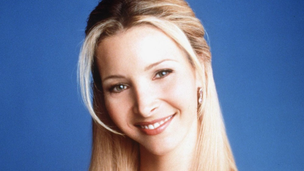 Lisa Kudrow smiling