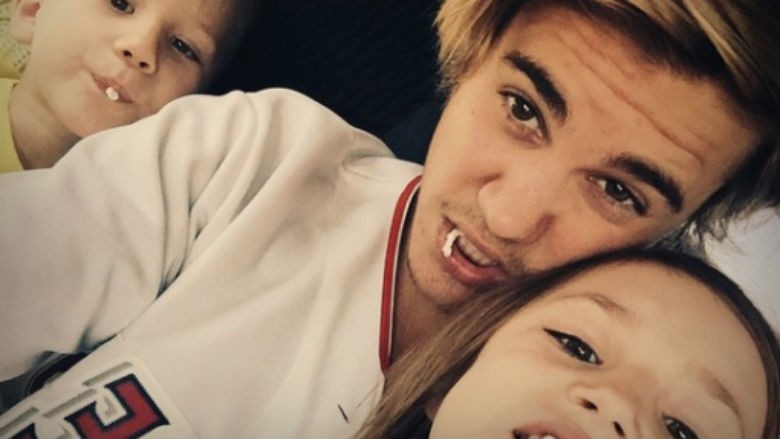 why we never hear about justin biebers siblings