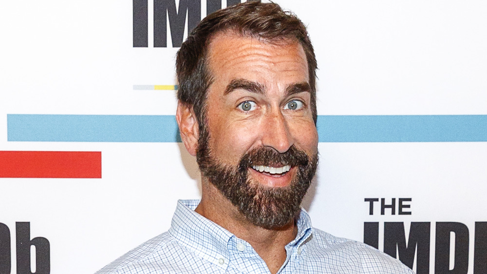 Rob Riggle smiling