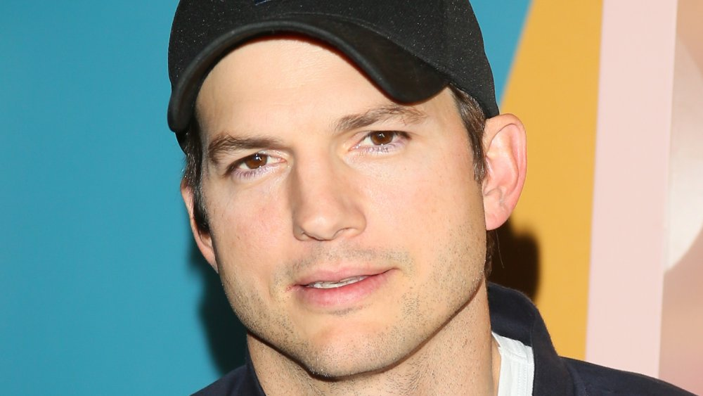 Shady things fans ignore about Ashton Kutcher