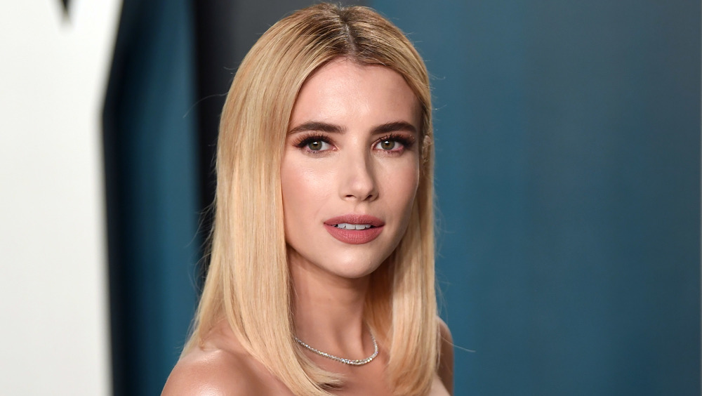 Emma Roberts attends the Vanity Fair Oscar party