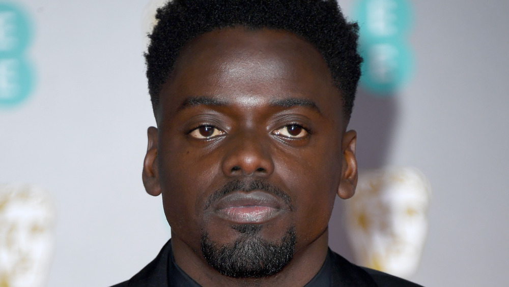 Daniel Kaluuya posing on the red carpet