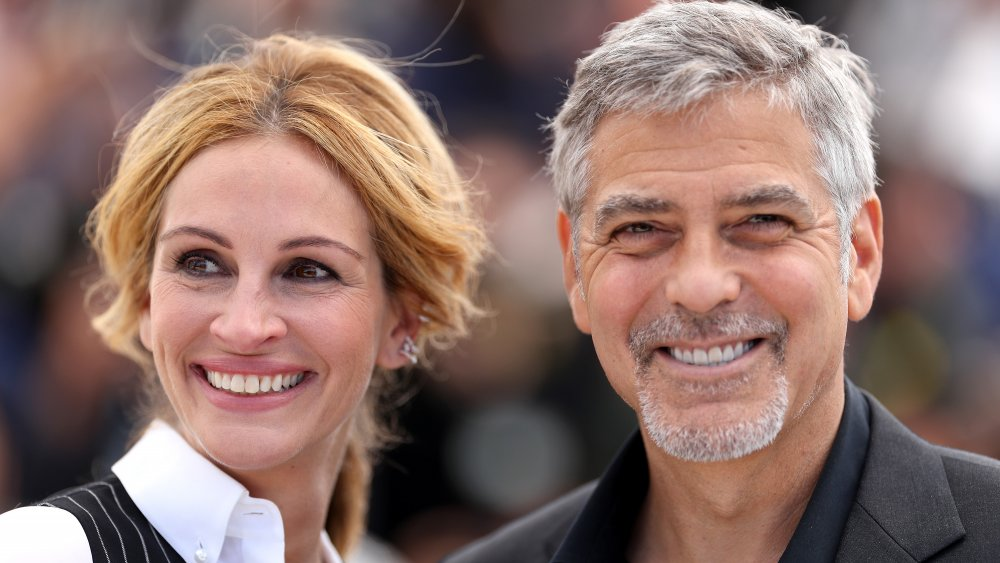 The truth about George Clooney and Julia Roberts' relationship Intro-1596551654