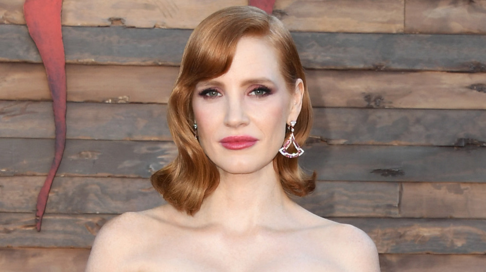 Jessica Chastain posing on the red carpet