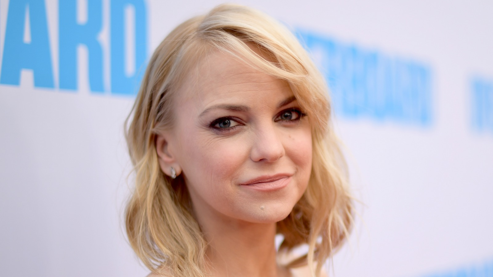 This is how much money Anna Faris really made on Mom