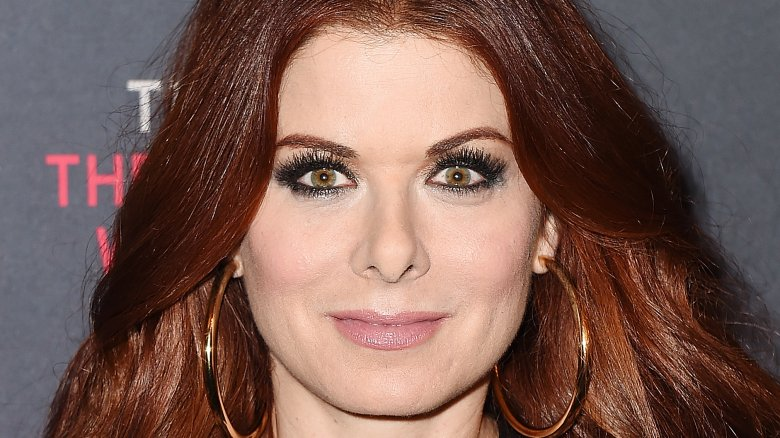 Debra Messing beach