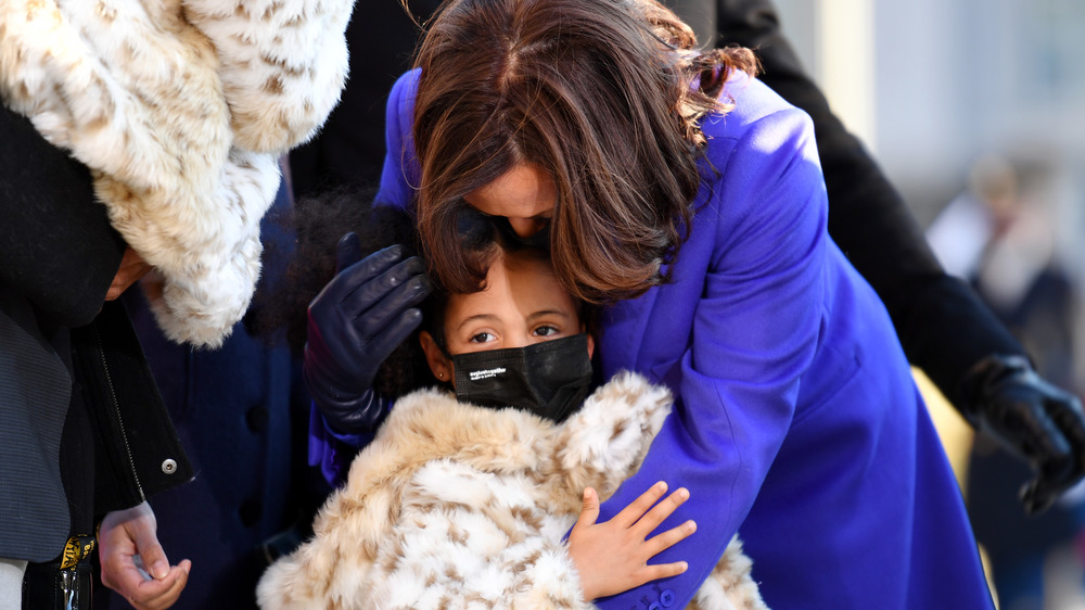 Kamala Harris embracing her grand-niece