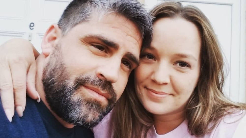 Rachel and Jon Walters take a loving selfie in England