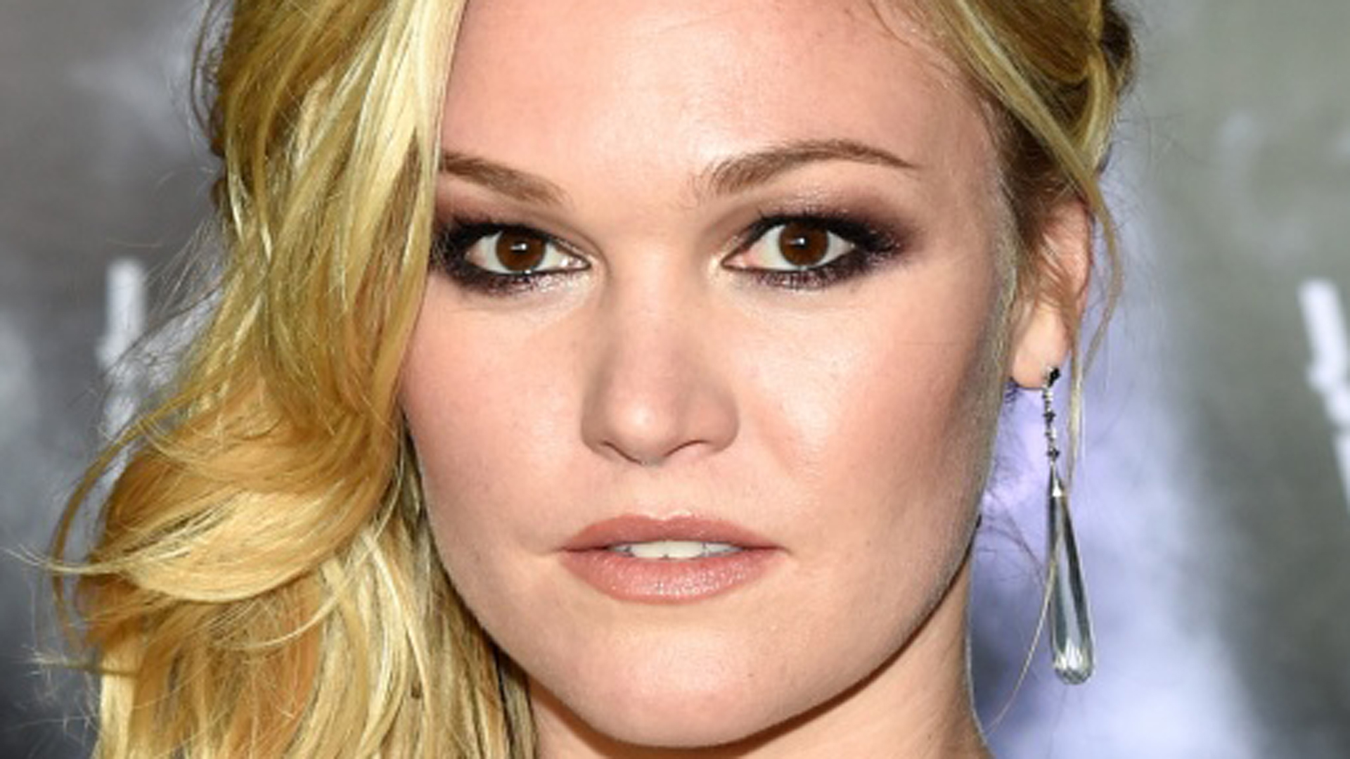 Why Hollywood Won T Cast Julia Stiles Anymore