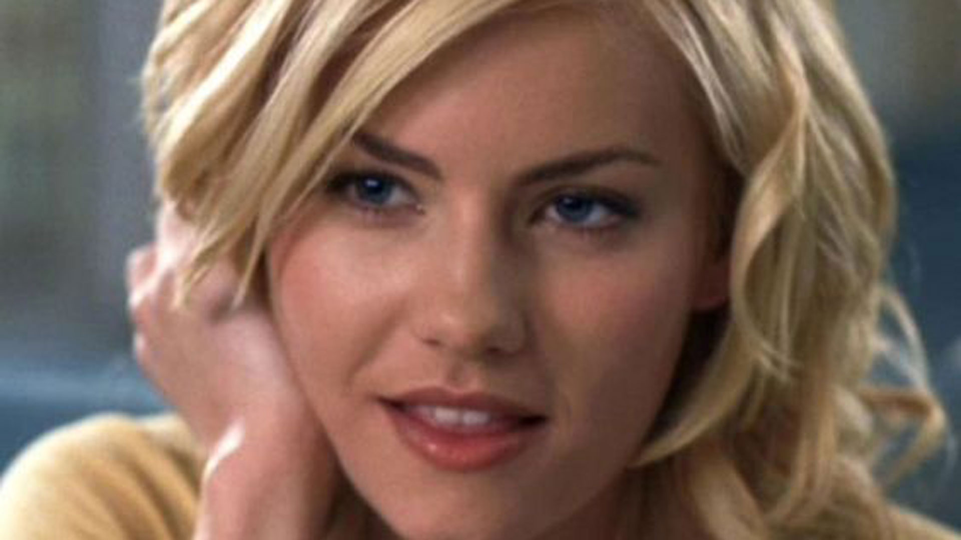 Why Hollywood Won T Cast Elisha Cuthbert Anymore