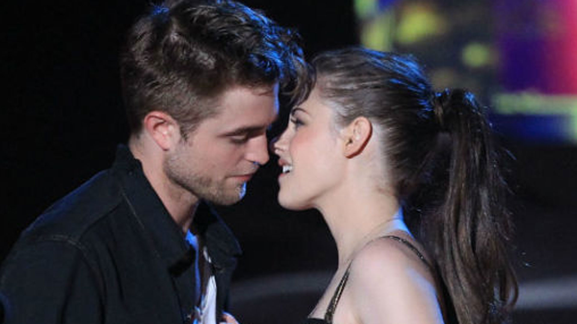 Why Robert Pattinson and Kristen Stewart broke up