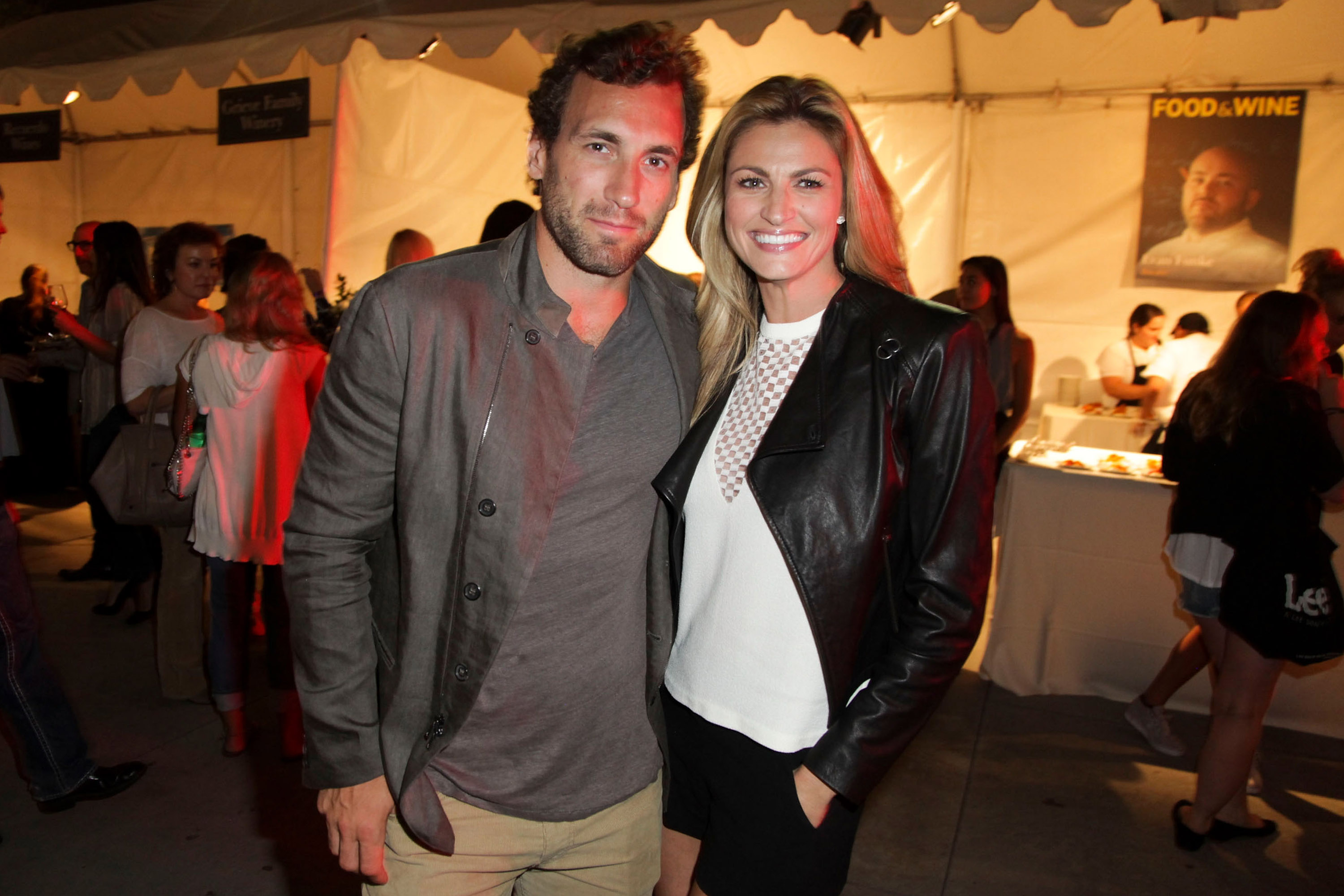 Erin Andrews Wedding.Strange Facts About Erin Andrews And Jarret Stoll